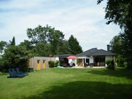 Ferienhaus mit eingezäuntem Garten